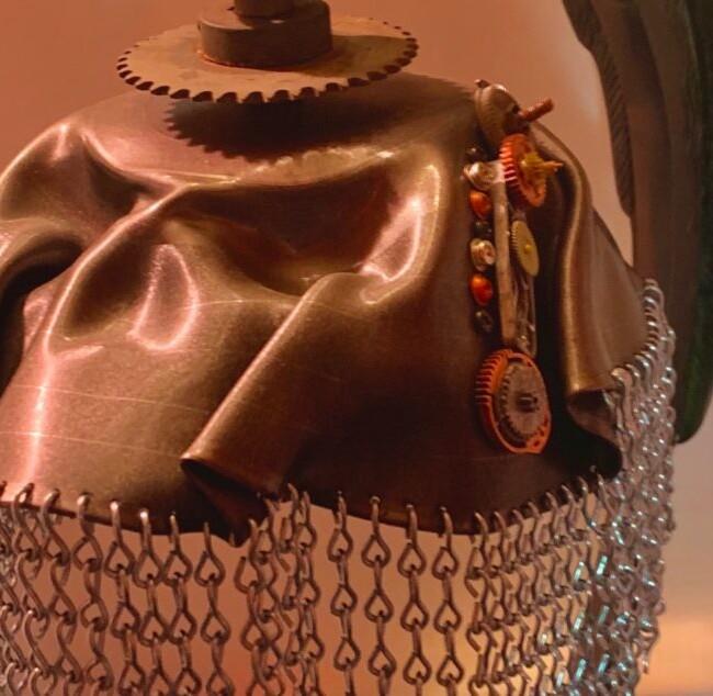 Atom-Punk Skull Lamp